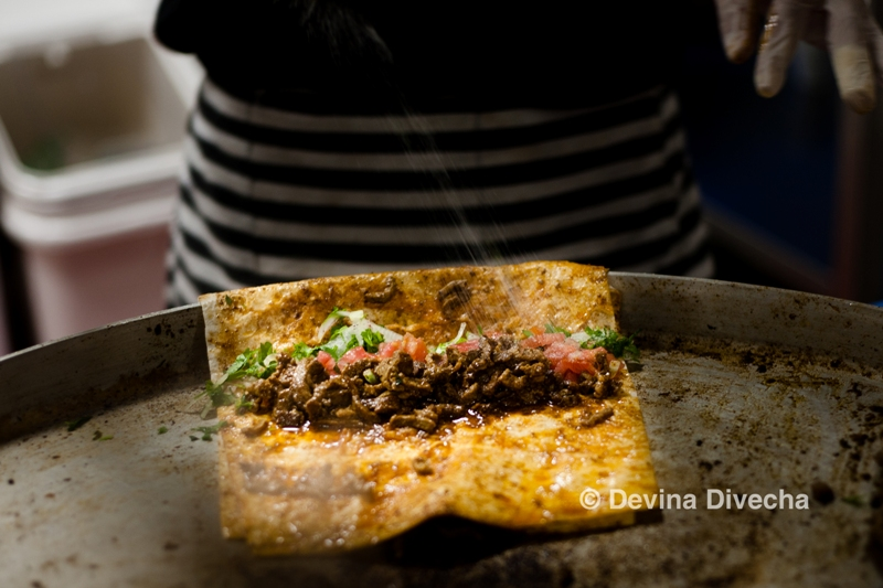 Creating a tantuni the traditional way